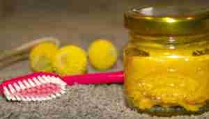 Turmeric coconut oil toothpaste recipe.