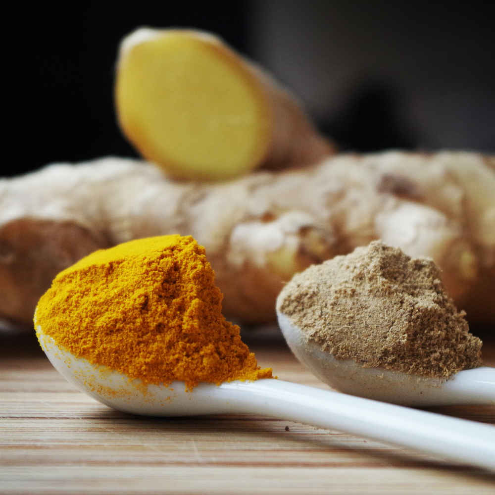 How To Make An Immune Busting Turmeric Ginger Tea