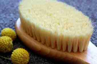 5 Amazing Benefits of Dry Skin Brushing Plus How To Body Brush Guide
