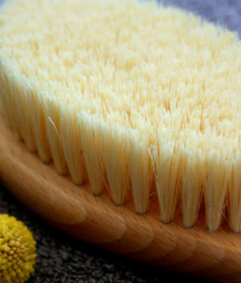 5 Amazing Benefits of Dry Skin Brushing Plus How To Body Brush Guide