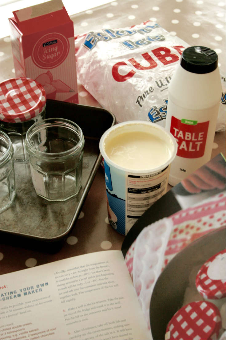 How to make homemade ice cream recipe without an ice cream maker (great project for kids!)