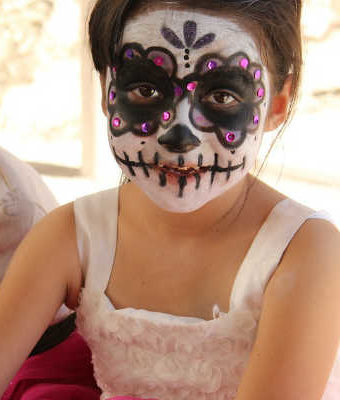 Halloween Makeup For Girls: 10 Kits & Ideas For the Perfect Look!