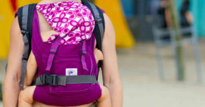 How to choose the best type of baby carrier for newborns.