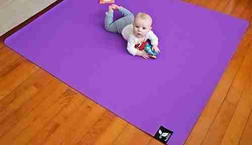 Kutchu non toxic play mat.