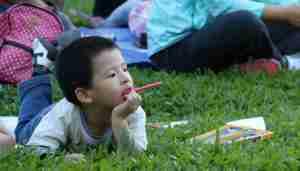 A child outdoors. Image courtesy of https://cdn.pixabay.com.
